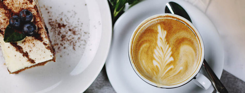 Koffie met iets erbij